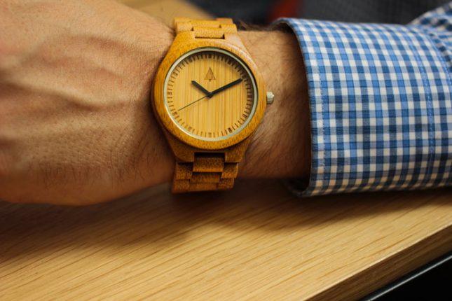 orologio in legno uomo
